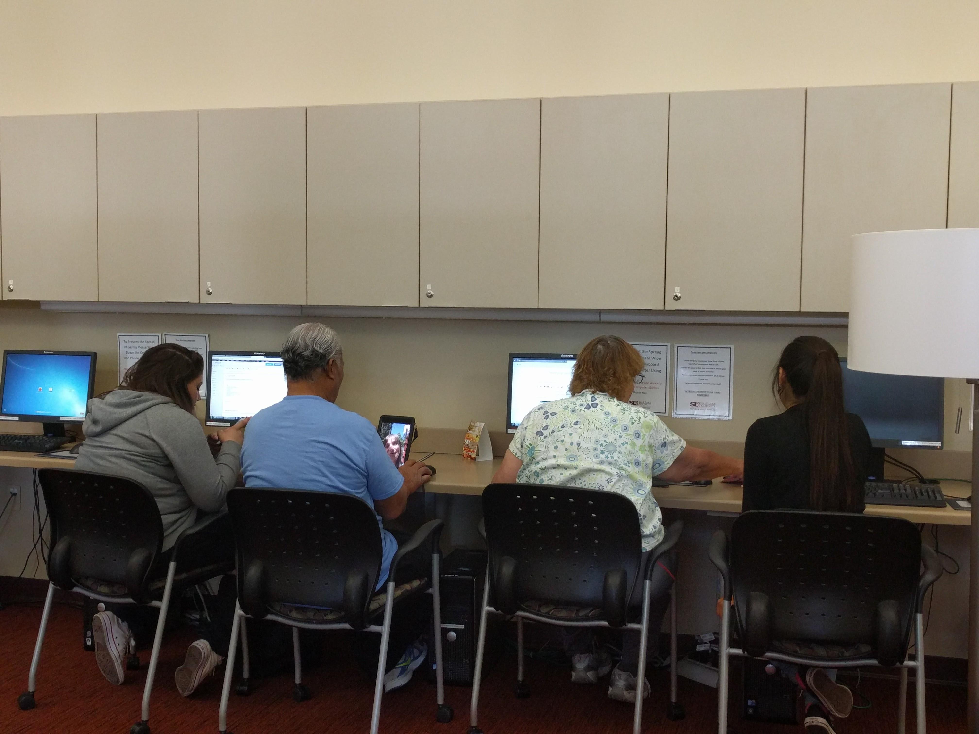 Seniors at Computer